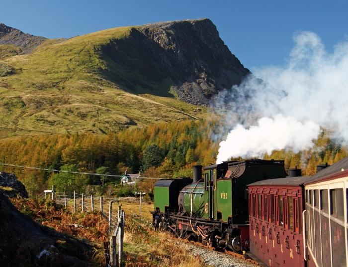 Welsh Highland Railway near Rhyd Ddu.JPG